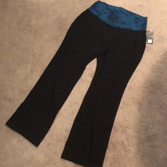 fe57d4f42d Old Navy Pants | Active Bootcut Yoga Size Xl | Poshmark
